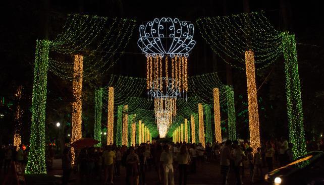 Iluminação Praça da Liberdade - Foto Elderth Theza - Thz imagens-35