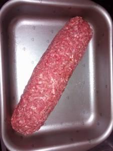 rocambole de carne moida antes de assar